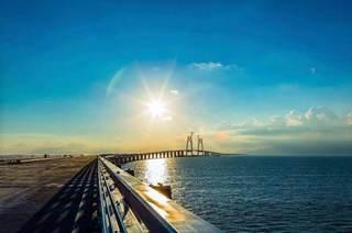 港澳珠大桥4.jpg
